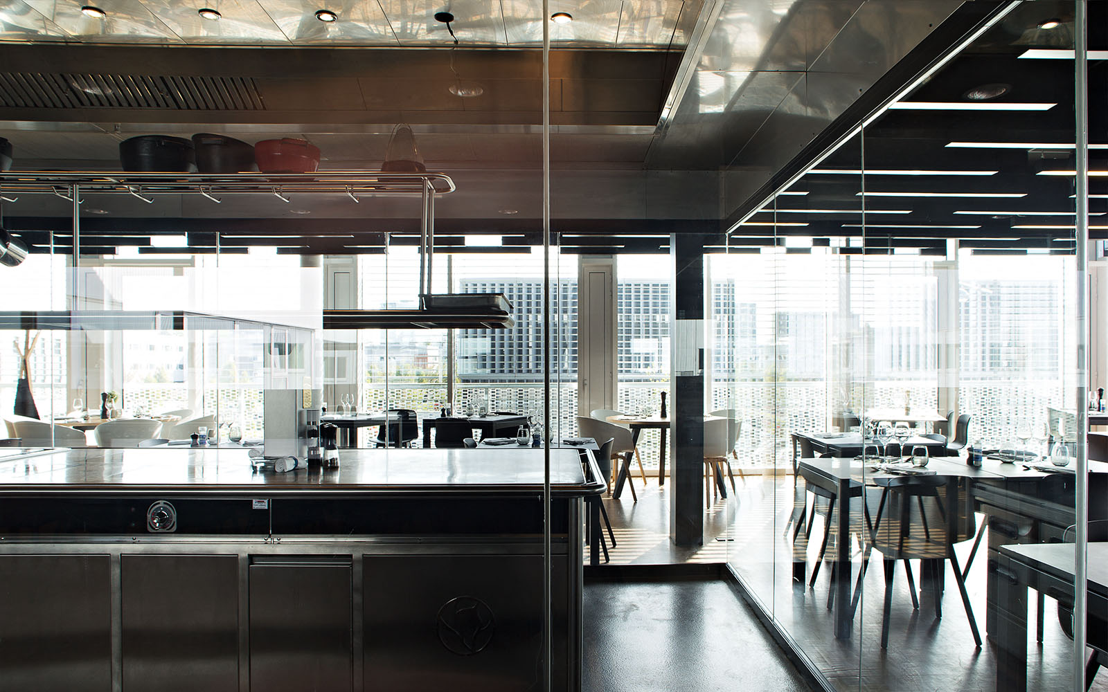 decoratrice interieur rennes gallery of porte interieur avec luminaire design cuisine inspirer. Black Bedroom Furniture Sets. Home Design Ideas